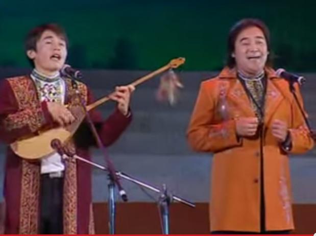 TURAN ENSEMBLE, Kazakh singers