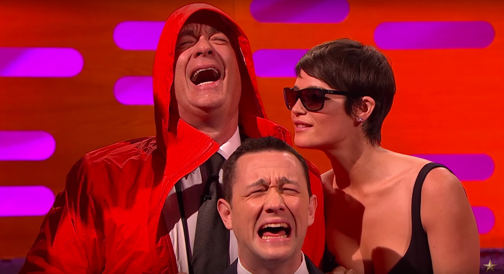 Tom Hanks Reenacts Viral Bill Murray Photo