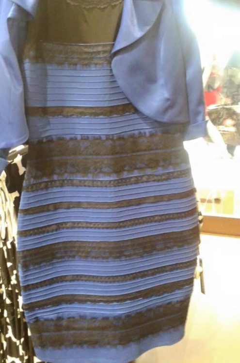 Is this dress white and gold, or blue and black?