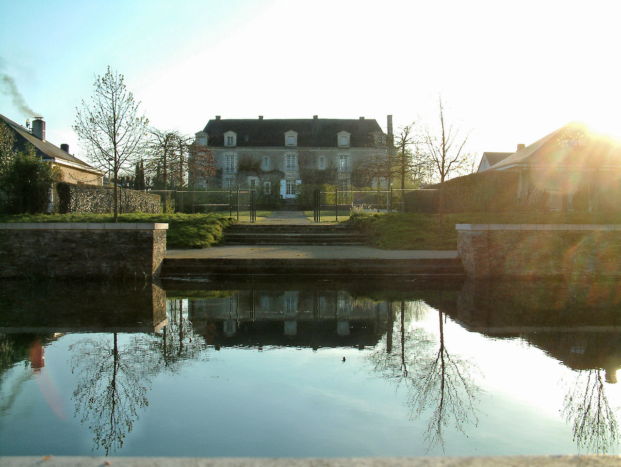 Water mirror of the Château de Bois-Briand, France