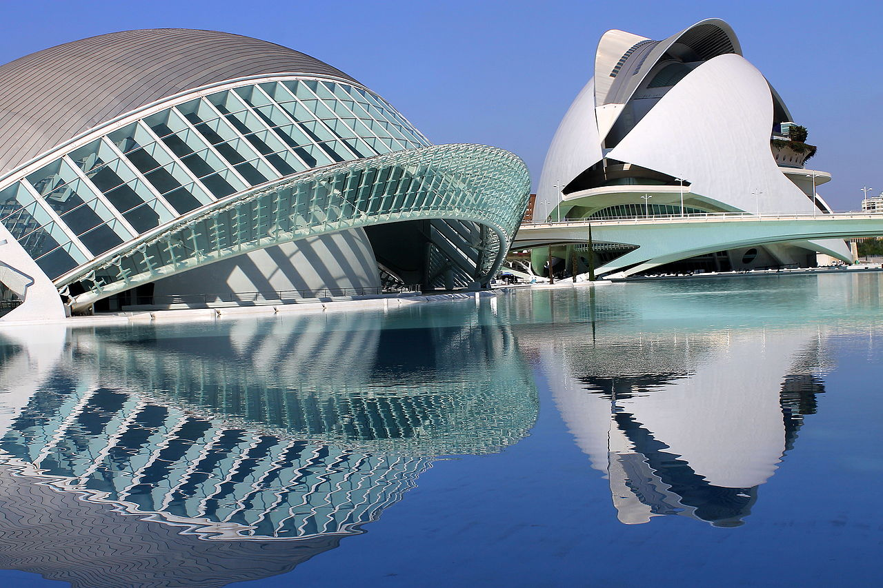 Reflections in the city of arts and sciences